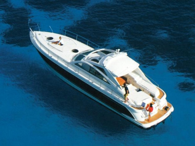 FAIRLINE TARGA 52 v