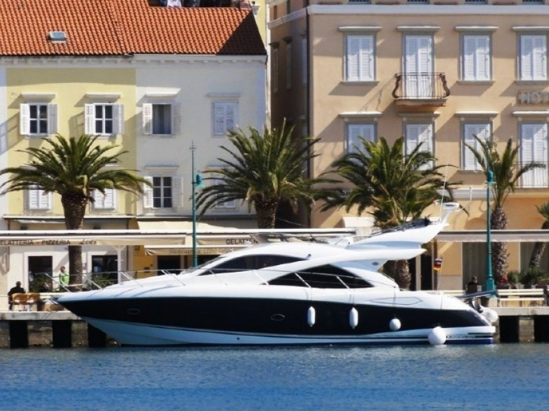 SUNSEEKER MANHATTAN 50 v