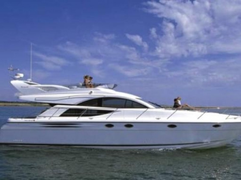 FAIRLINE PHANTOM 50 Motor Yacht Charter Croatia