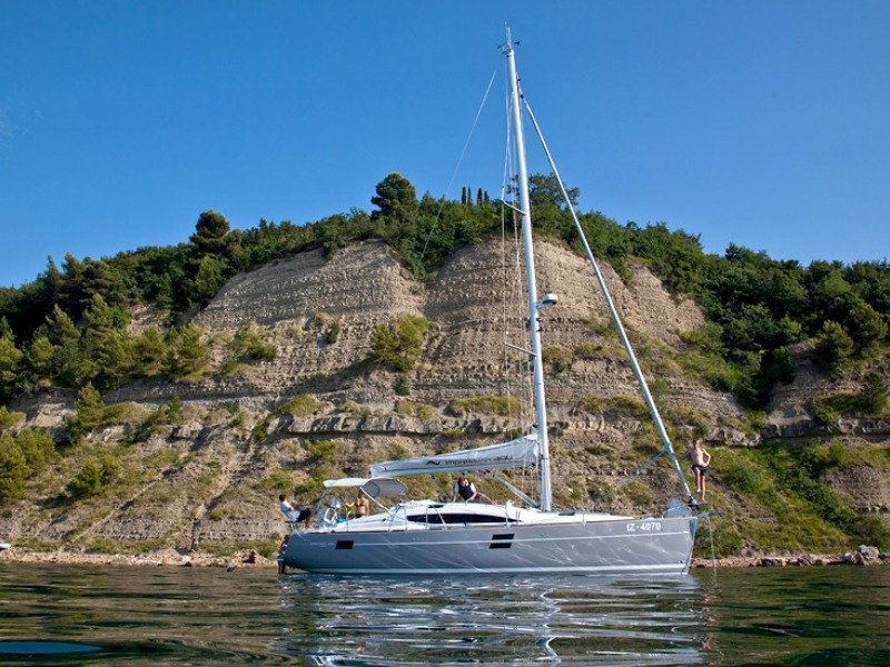 ELAN 394 IMPRESSION Sailboat Charter Croatia