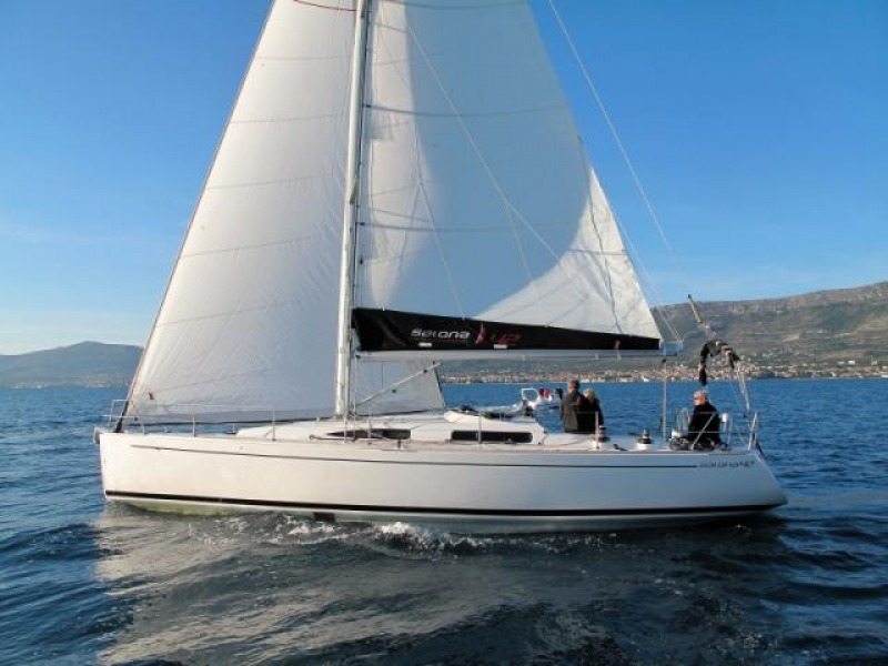 SALONA 42 Sailboat Charter Croatia