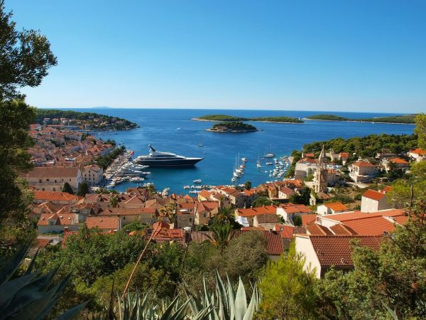 Do you recommend some sailing itineraries in Croatia?