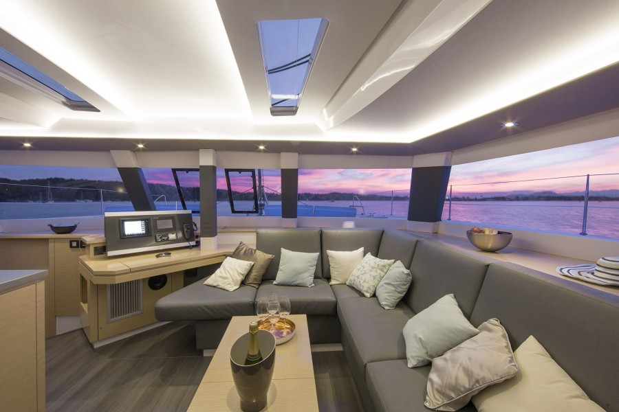 Fountaine Pajot Saba 50 sailing