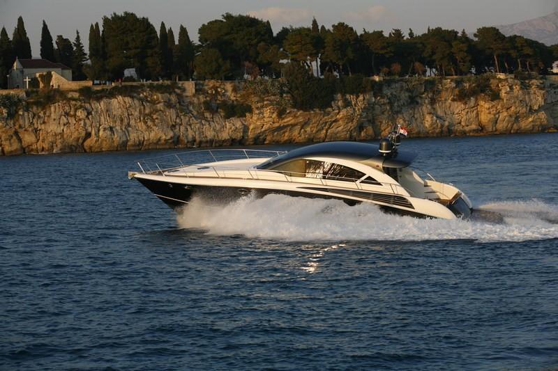 Mondial 54 Charter Kroatien