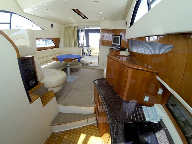 Fairline Phantom 40 iznajmljivanje