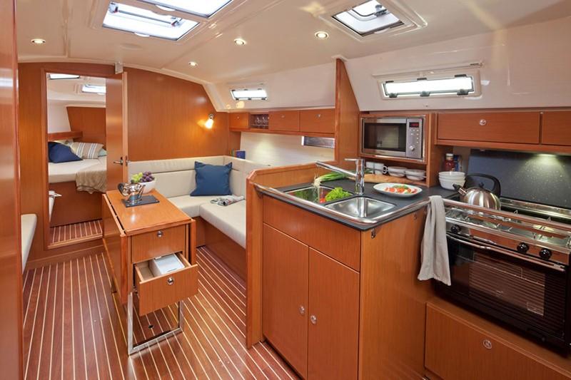 Bavaria 36 Cruiser charter Kroatien